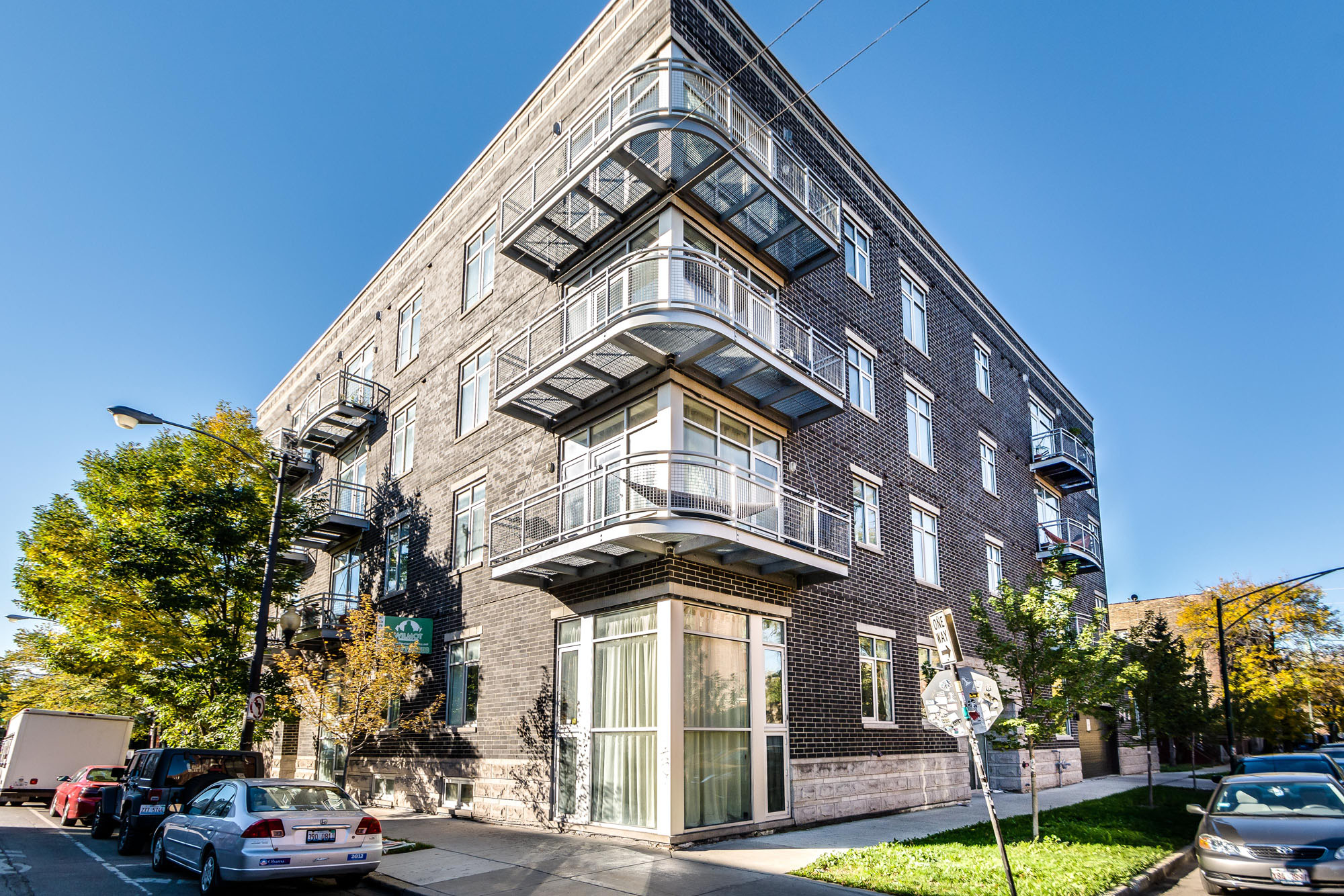 2024 N. California Ave-1