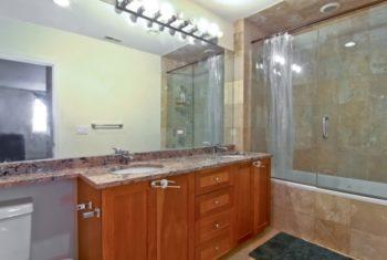 2064 N. California Ave. Bathroom